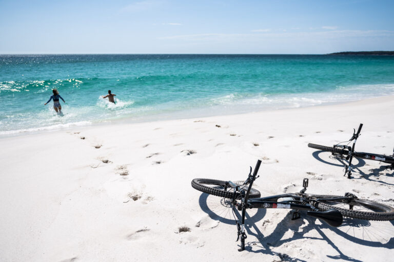 the surfside where to stay near the st helens mountain bike trails